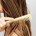 médicament cheveux gras, truc contre les cheveux gras,