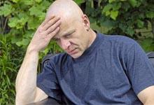 mal de tête côté droit, avoir mal à la tête,