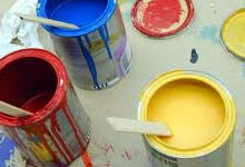 tache de peinture vêtement, truc peinture sur un vêtement,